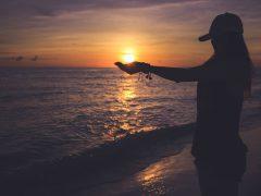 「ある」に目を向けるクセがつくと愛もお金も豊かになる